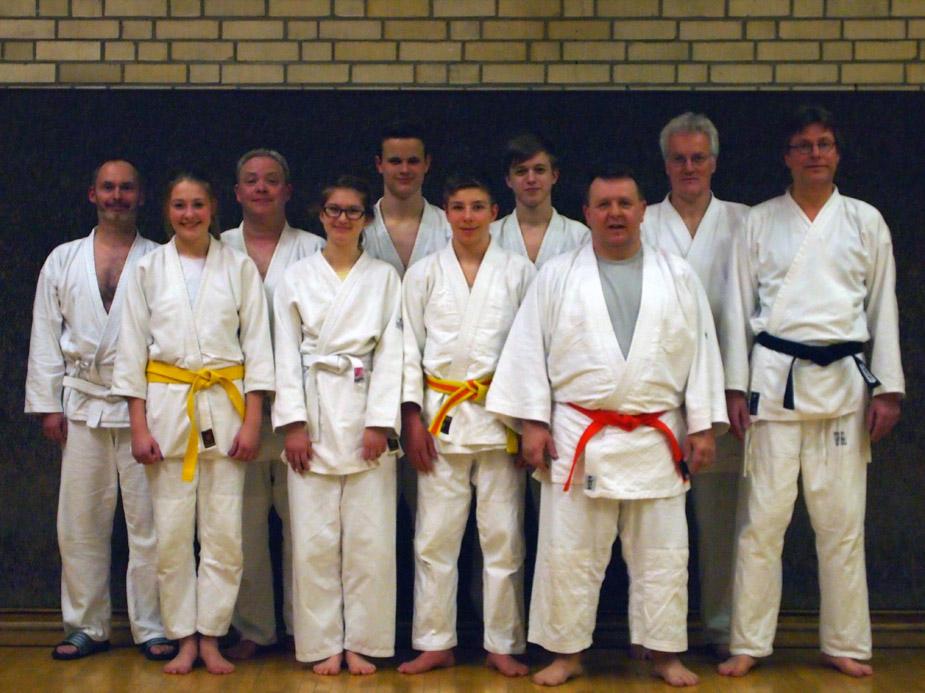 Gruppenbild Nihon Tai-Jitsu Prüfung